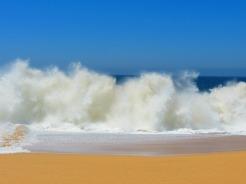 photo courtesy of liezelzpineda @ https://pixabay.com/en/crashing-waves-lover-s-beach-mexico-140244/