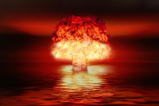 atomic-bomb-2621291_1920