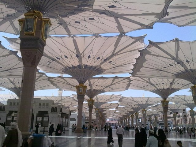 the_prophets_mosque_at_madina_12b